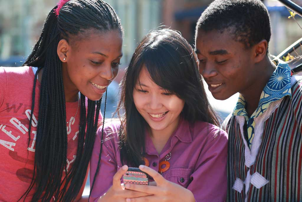 mobile texting youth health